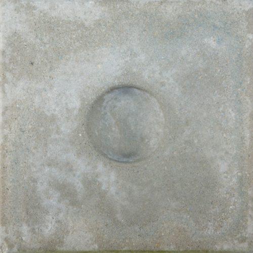 Knikkerpottegel grijs